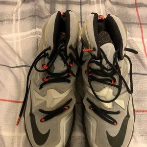 "Mens Nike Lebron 13 ""Rubber City"" Lava Size 11.5"